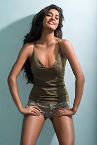 Lisa Haydon profile picture