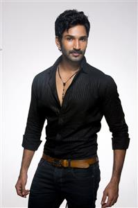 Aadhi Pinisetty profile picture