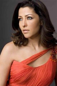 Aditi Govitrikar profile picture