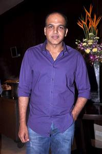 Ashutosh Gowariker profile picture