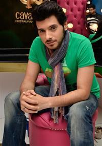 Divyendu Sharma profile picture