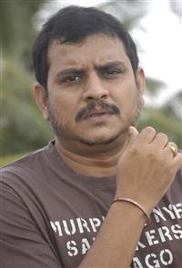 Ezhil S profile picture