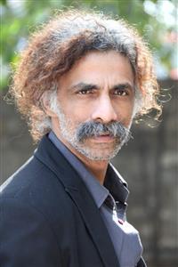 Makrand Deshpande profile picture