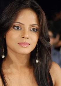 Neetu Chandra profile picture