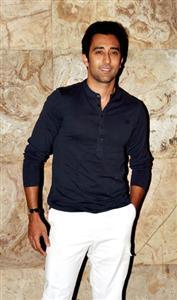 Rahul Khanna profile picture