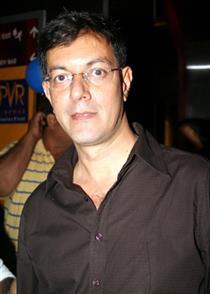 Rajit Kapoor profile picture
