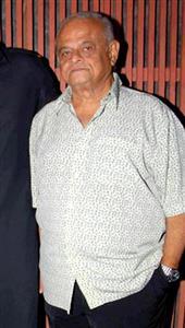 Robin Bhatt profile picture