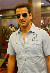 Ronit Roy profile picture