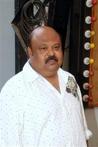 Saurabh Shukla profile picture