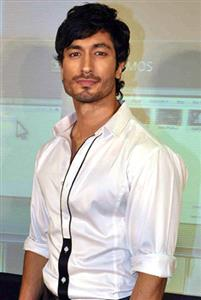 Vidyut Jammwal profile picture